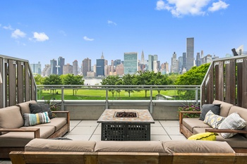 Stunning 2 bed/2 bath in Long Island City with Private Terrace that Boasts Panoramic Skyline and Water Views